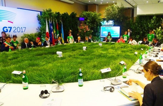 G7-Bologna-An-empty-seat-at-the-table_rinnovabili.it_